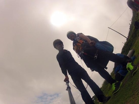 Everest Paragliding: Before departure - take a cool pic!