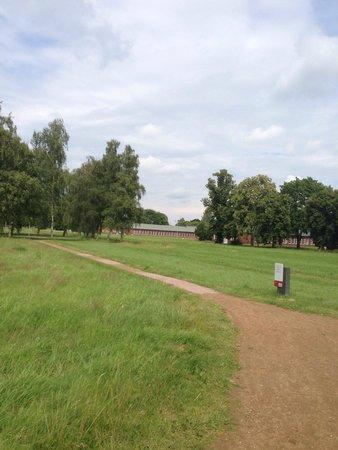 Neuengamme Concentration Camp Memorial: Sieht alles so harmlos aus