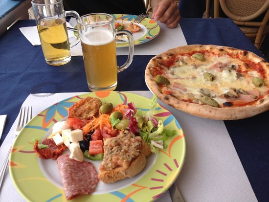 LABRANDA Rocca Nettuno Tropea: Utsökt mat på stranden