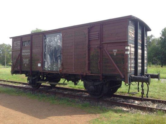 Neuengamme Concentration Camp Memorial: Güterwagen der Reichsbahn in die viele Tausend verschleppt würden