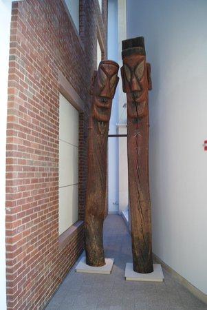 Peabody Essex Museum: The tall guys -hello.