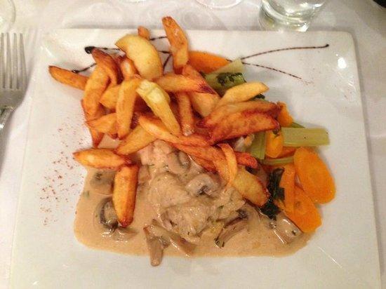 Suprême de poulet frites maison - Restaurant Au vieux fourneau - Calais