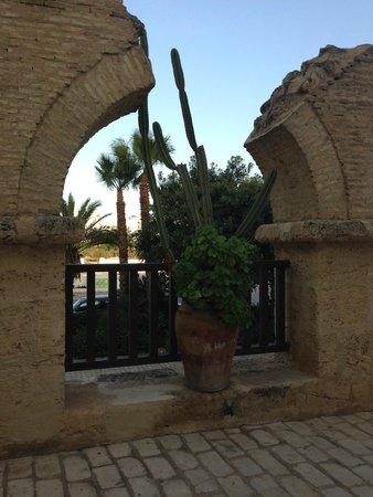 Hotel Diar Lemdina : Дорога к номеру