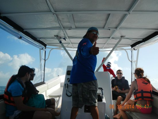 Holbox Whale Shark Tours: Our Captain Raul