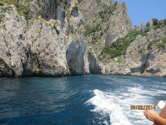 Capri Whales di Wendy: Cruising the grottos around Capri