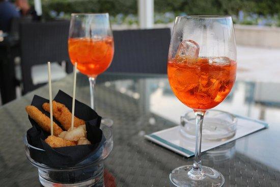 Adriatic Palace Hotel: Getränke und Snacks