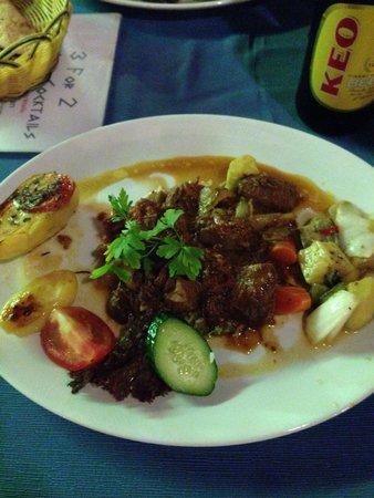 Romeo Garden Taverna: Beef Stefado.  Beautiful !!!