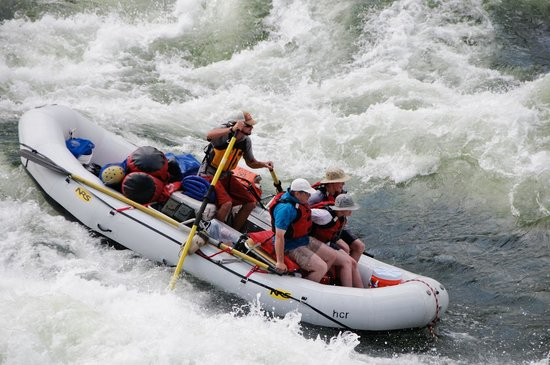 Hells Canyon Raft : Granite Creek Rapid!