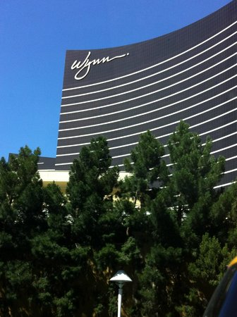 Wynn Las Vegas : view from street