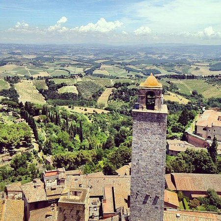 Agriturismo Savernano: Tuscany from a belltower in San Gimignano