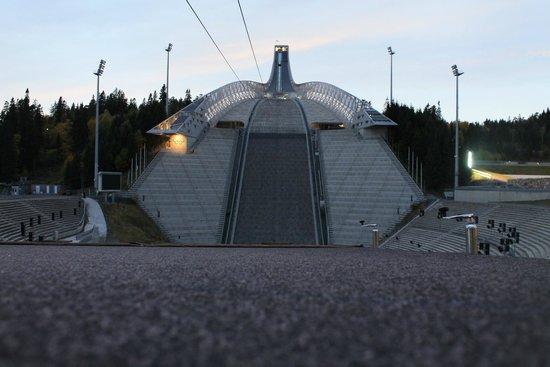 Museo de Esquí Holmenkollen y Torre del trampolín: Jump Tower 4