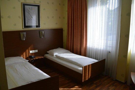 Astoria Hotel: Doppelzimmer