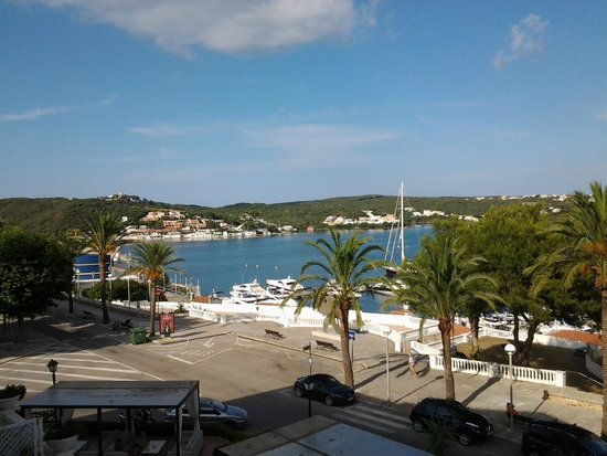 Hotel Port Mahon: View from 1st floor room