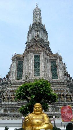 Templo del Amanecer (Wat Arun): Main entrance of Wat Arun