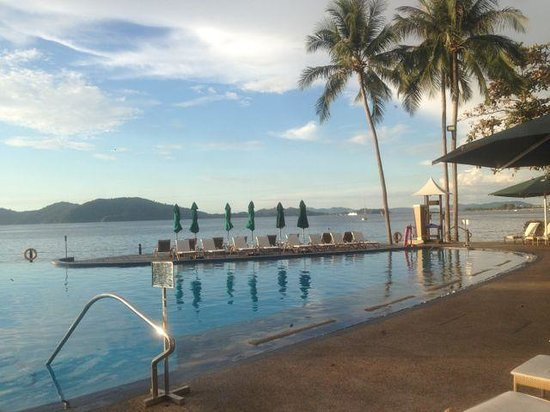 Shangri-La's Tanjung Aru Resort & Spa : Swimming pool
