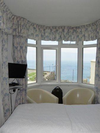 """Gabriel House : vue depuis le """"bow-window"""" de la chambre Cabin"""