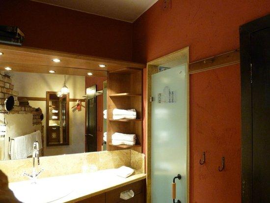 "Hotel ""Santa Isabel"" Europa-Park: Salle de bains"