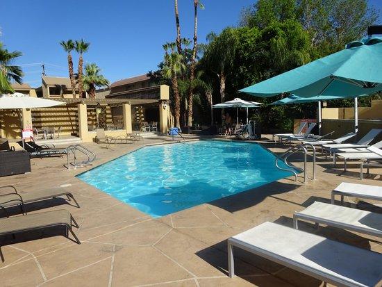 Best Western Inn at Palm Springs: zwembad