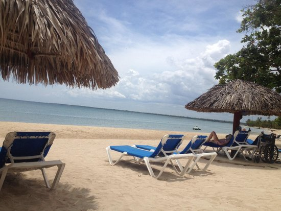 Grand Bahia Principe La Romana: From our beach chairs