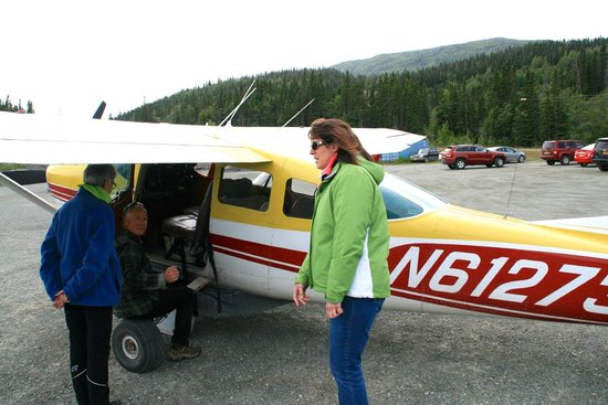 Wrangell Mountain Air - Day Trips : Scared but determined