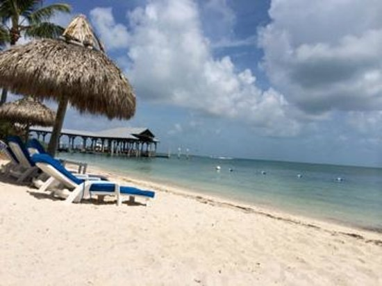 Sunset Key Cottages: beach view