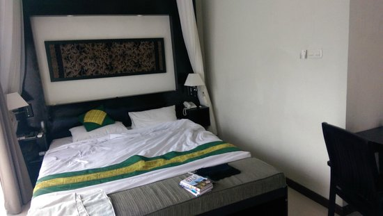 Anini Raka Resort & Spa: Nice bed.