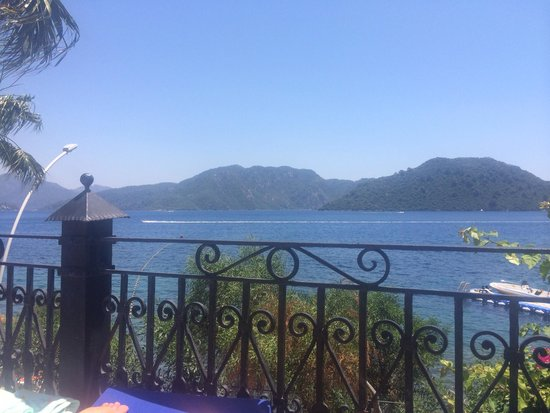 Grand Yazici Club Marmaris Palace: View from relax pool