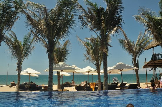 Ananda Resort : the beach