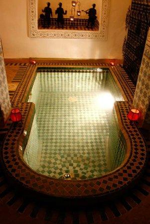 Riad Al Mamoune: plunge pool