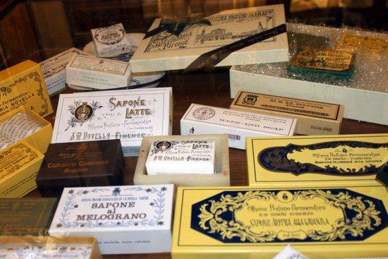 Pharmacy of Santa Maria Novella: Декор