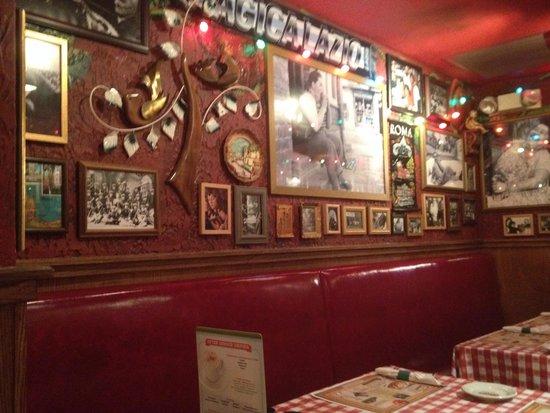 Buca Di Beppo New York City Kitchen Table