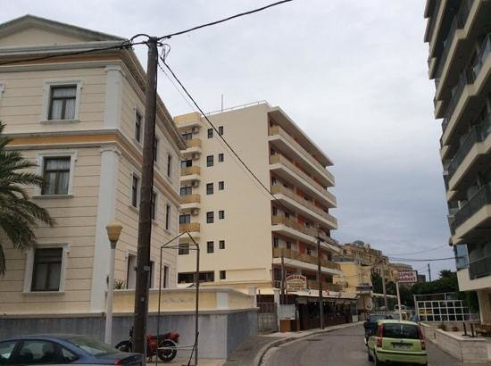 Rodian Gallery Hotel Apartments : отель