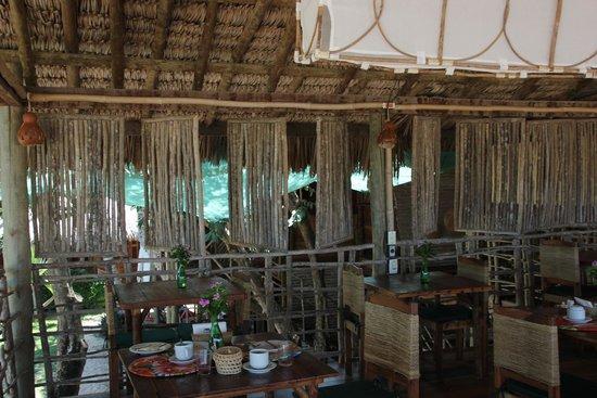Vila Kalango : restaurant