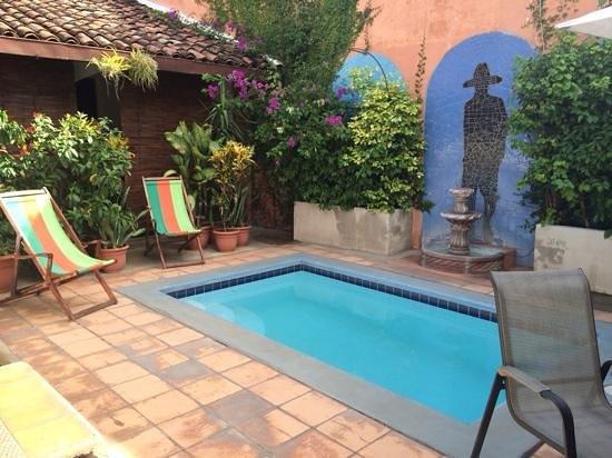 Casa Silas B & B: courtyard pool
