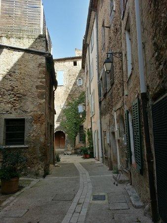 Villecroze, ฝรั่งเศส: 街並