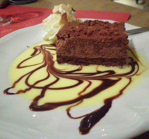 La Ferme des Janets: Chocolat cake