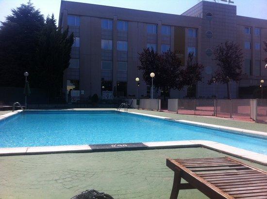 Exe Parc del Valles: La piscine