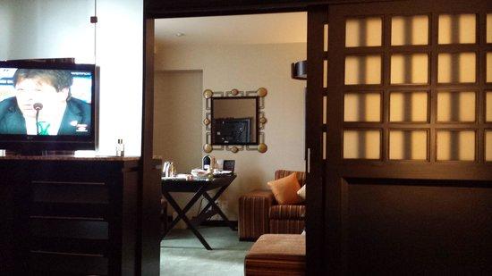 Marquis Reforma Hotel & Spa: junior Suite. Muy grande y bajo precio.