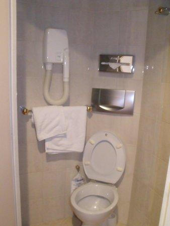 London Hotel : Salle de bain 1