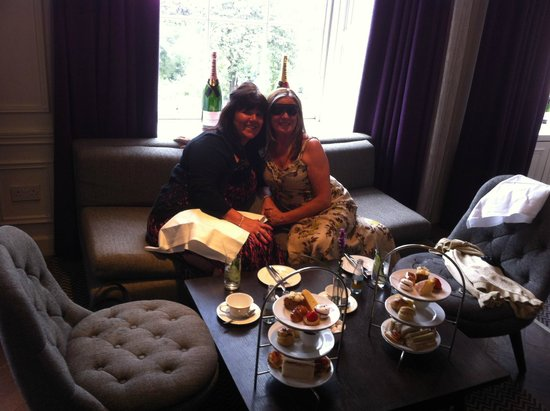 Blythswood Square : Afternoon tea in Salon