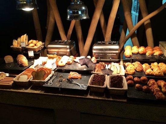 InterContinental Bora Bora Resort & Thalasso Spa: buffet desayuno