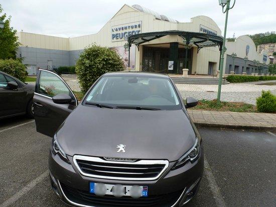 Musée de l'Aventure Peugeot: Vue extérieure du musée