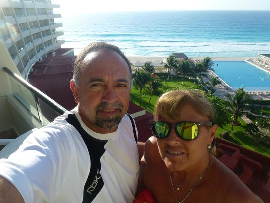 Crown Paradise Club Cancun: Vista de nuestra habitacion en el 4to piso