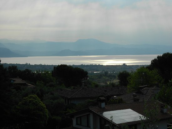 Residence San Rocco : Blick morgens von der Terrasse