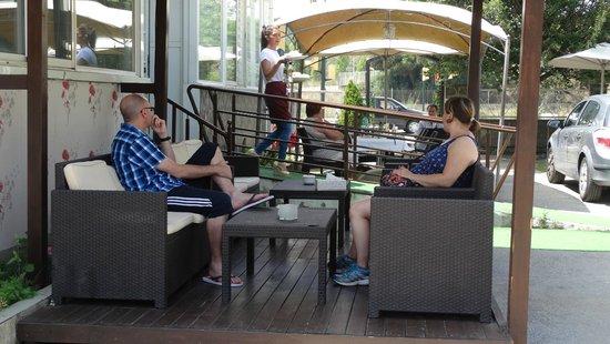 Hostal Bonavista: Hotel garden