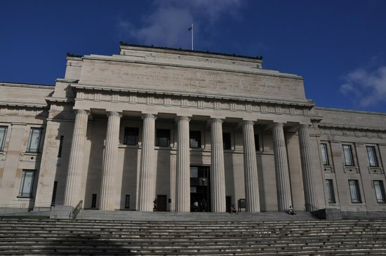 Musée du mémorial de guerre d'Auckland : Auckland Museum