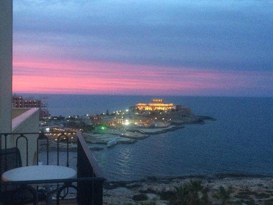 Hilton Malta : Sunset from rool