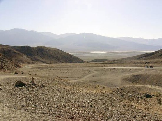 view of death valley from Artists Palette