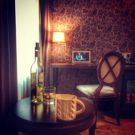 SemaraH Hotel Metropole : Номер