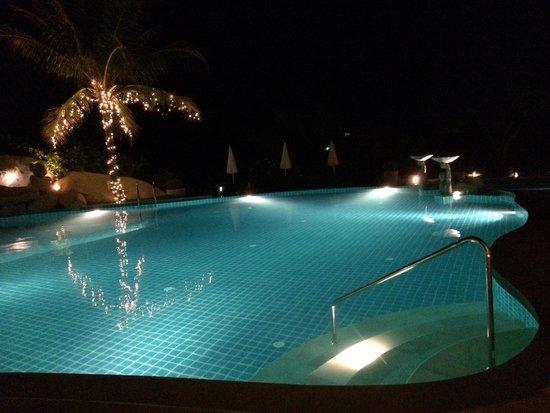 Jamahkiri Resort & Spa : ホテルのプール